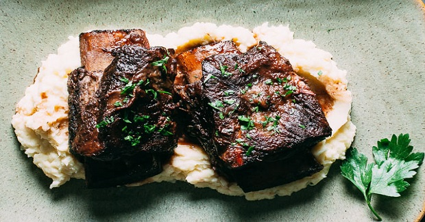 Braised Short Ribs + Parsnip-Potato Purée Recipe