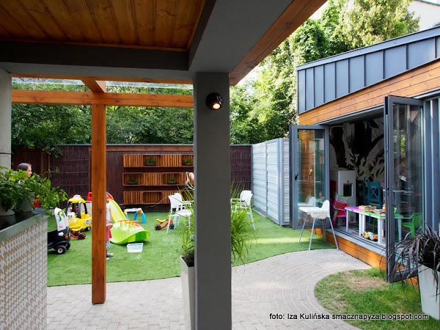 ogródek , plac zabaw dla dzieci , kącik dla dzieci , zabawki , obiad , bistro , test , blogerka kulinarna , menu , warszawa ,