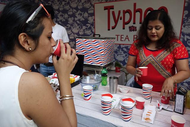Food blogger Poorna Banrejee demonstrating mock tails at Typhoo Tea bar