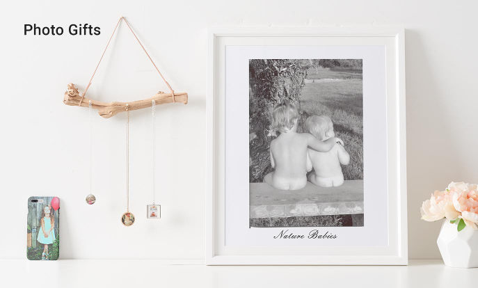 Top Photo Gifts for Mom - Full Photo iPhone 7 Case, Love Mom Photo Necklace, Nature Babies Poster