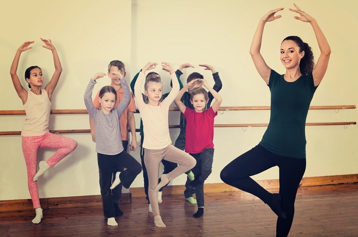 how to become a qualified dance teacher