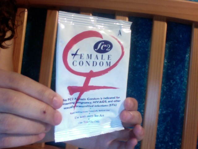 Smart Youth The Female Condom How To Use It-2004