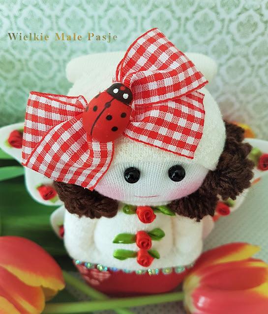 skarpetkowa lalka, lalka ze skarpetki, lalki ze skarpetki, motyl, lalka ręcznie szyta, wiosna, sock doll, doll with socks, dolls with socks, butterfly, hand-sewn doll, spring, Sockenpuppe, Puppe mit Socken, Puppen mit Socken, Schmetterling, handgenähte Puppe, Frühling, muñeca de calcetín, muñeca con calcetines, muñecas con calcetines, mariposa, muñeca cosida a mano, primavera,  кукла с носком, кукла с носками, кукла с носками, бабочка, кукла ручной работы, весна