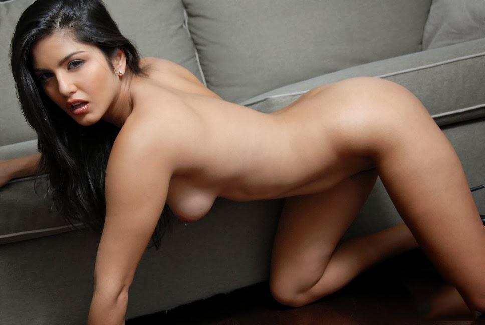 naked elli avram