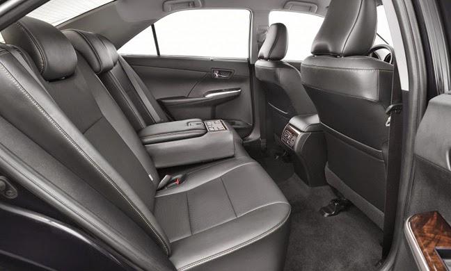 2015 Toyota Camry facelift 36 - Đánh giá Toyota Camry 2015: 2.0 lít, VVT-iW, 6 số tự động