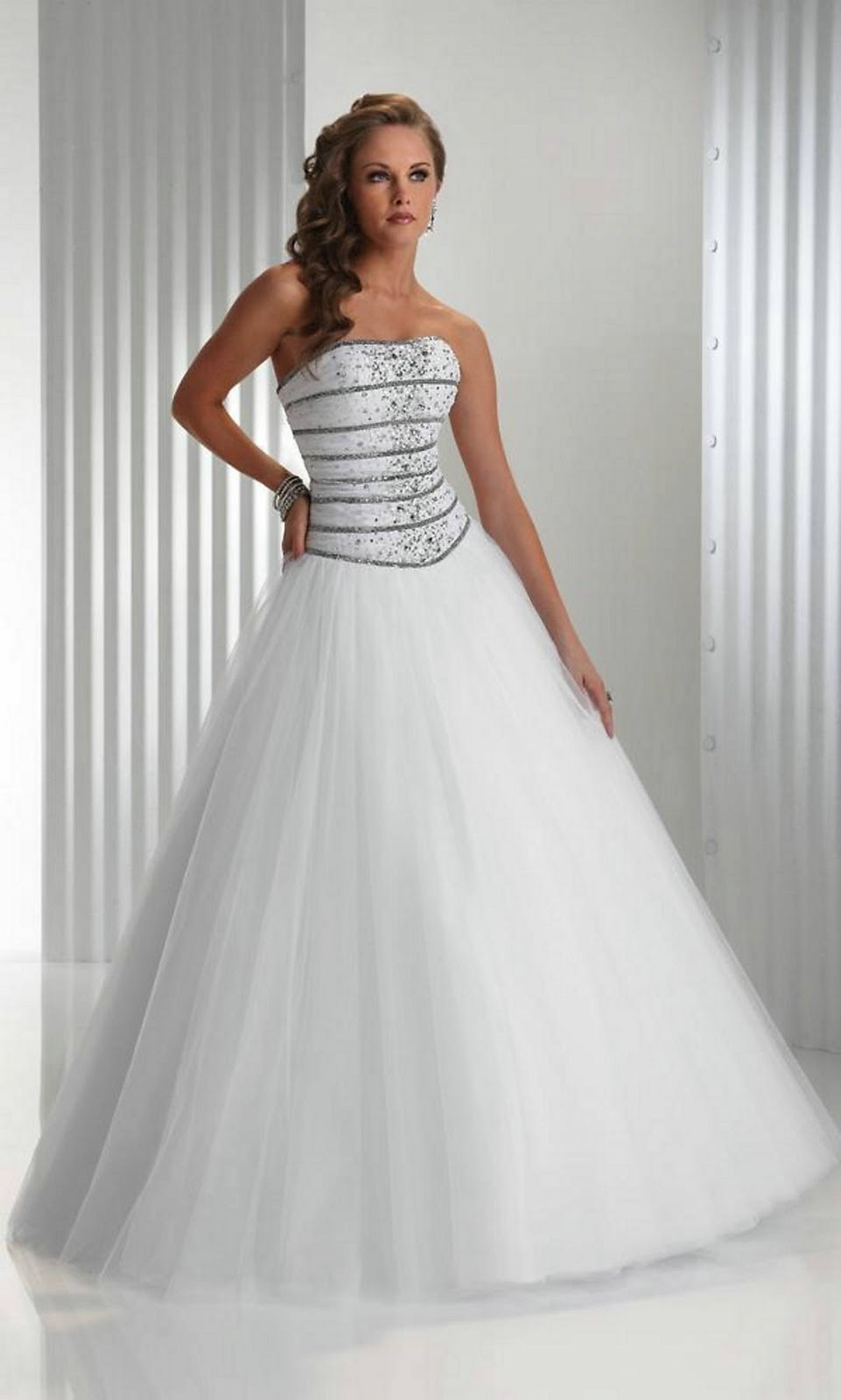 Curly Bob Hairstyles White Prom Dresses