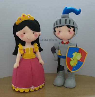 Princesa e cavaleiro em feltro