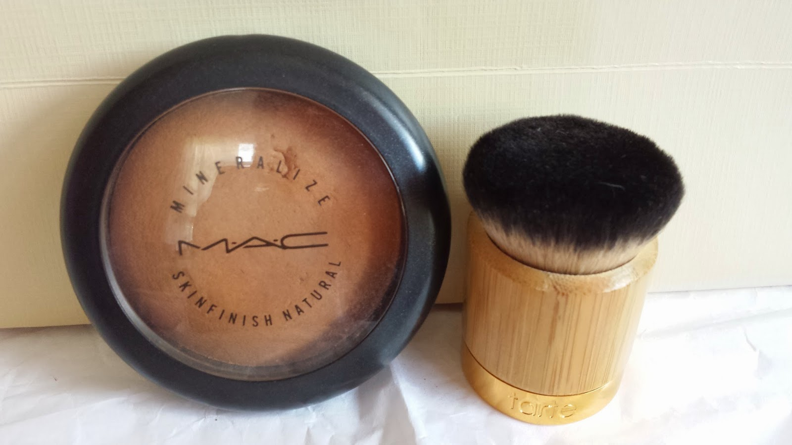 M.A.C Mineralized Skinfinish Natural in 'Dark' - www.modenmakeup.com