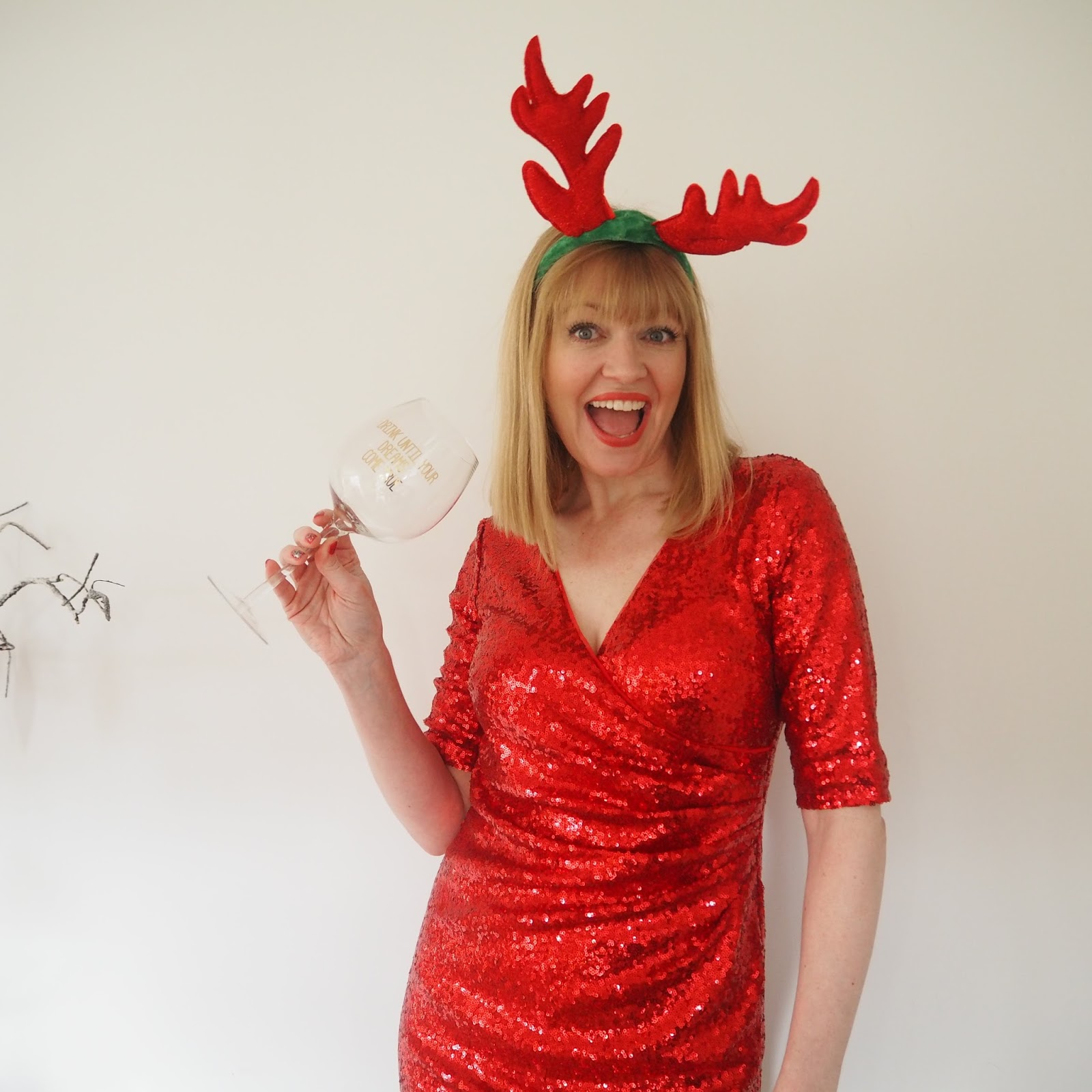red sequin Christmas party dress