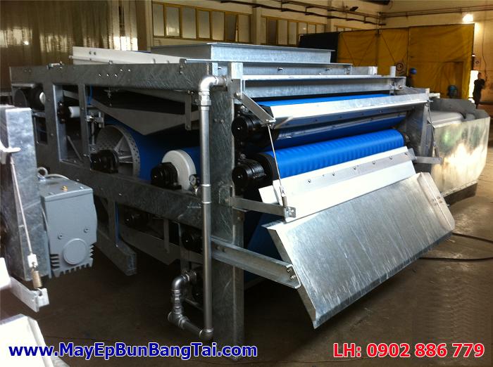 Máy ép bùn băng tải do cty Vĩnh Phát gia công chế tạo tại Việt Nam