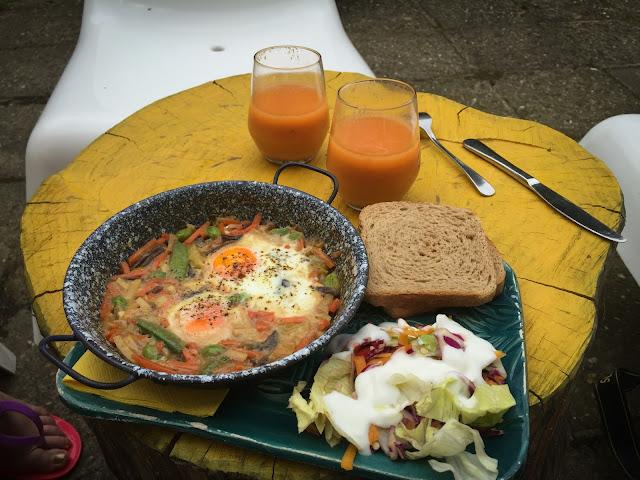 Mic dejun in Eger, Ungaria
