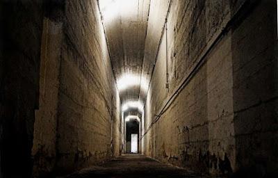Μια δωρεάν περιήγηση στη μυστική, υπόγεια Αθήνα