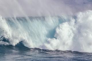 Ketika Air Laut Marah
