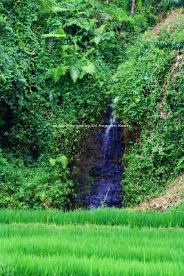 Air terjun mini di Kampung Naga