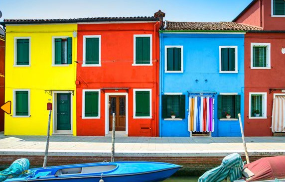 FirstEscapeGames Burano Island Escape