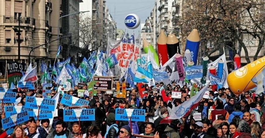 ARGENTINA EN HUELGA MAGISTERIAL 2019: Demandan aumento de sueldo, y anuncian paro de 72 horas (6, 7 y 8 Marzo)