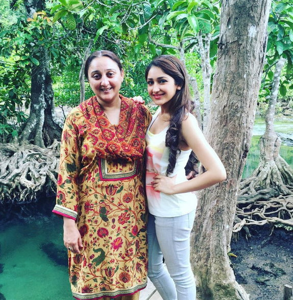 Dilip Kumar's granddaughter and the daughter of Salman's ...