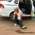 Passageiro delira e enforca taxista com veículo em movimento – FOTOS E VÍDEO