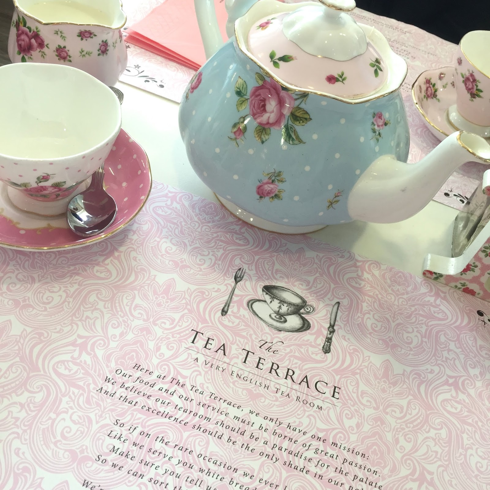 the tea terrace house of fraser london afternoon tea review kirstie pickering lifestyle blog blogger bloggers