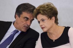 Cardozo diz que defesa de Dilma no Senado terá novos argumentos