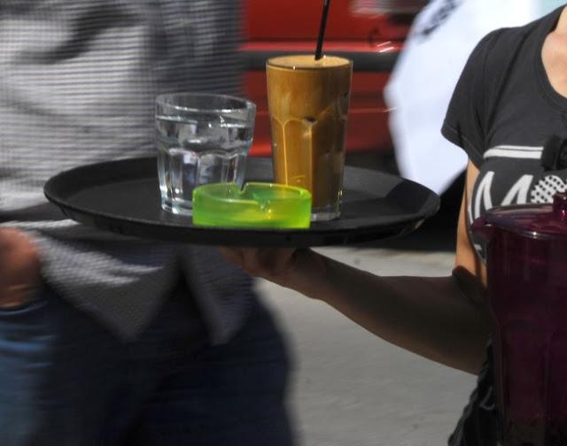 Βόλος: Η σερβιτόρα, τα κακά πνεύματα και η συγγνώμη που ήρθε αργά – Ο δράστης καταδικάστηκε!