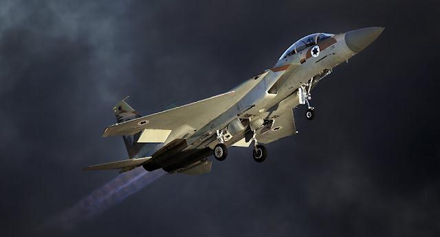 شاهد : الدفاعات الجوية السورية تسقط طائرة إسرائيلية والاحتلال ينفي