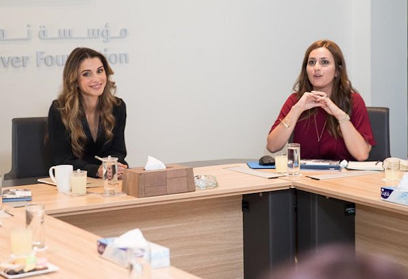 Queen Rania attended the board meeting of Jordan River Foundation