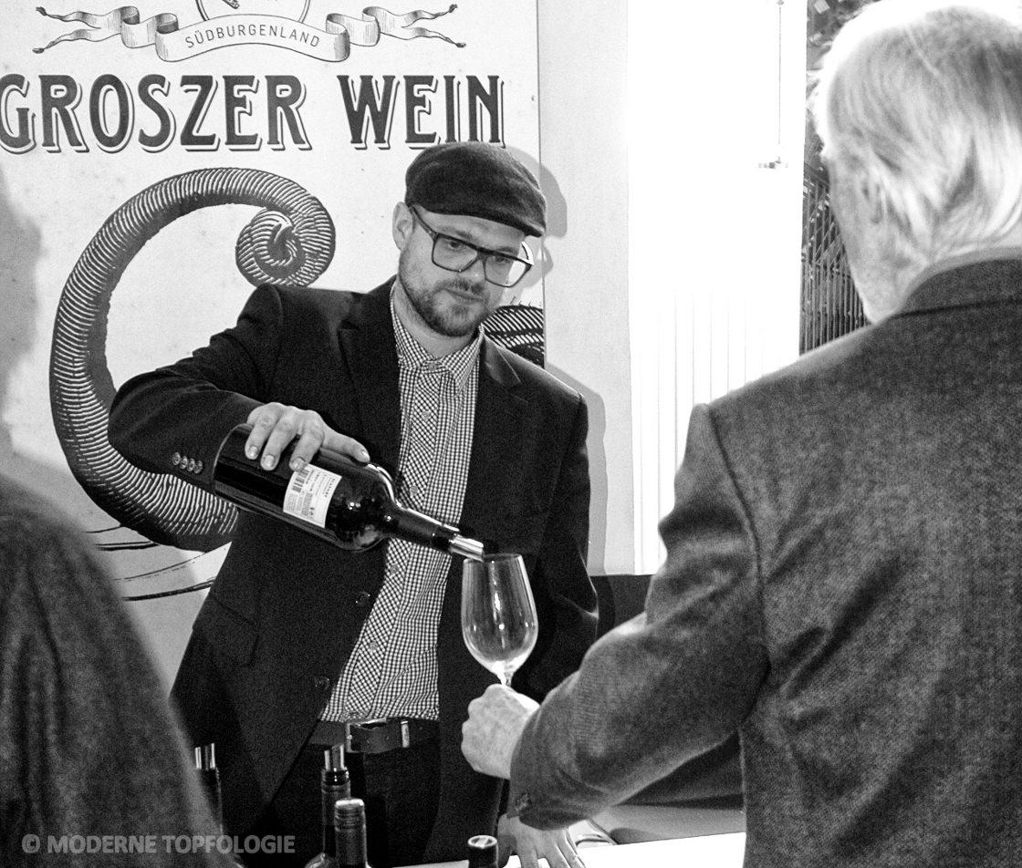 """Kellermeister Markus Bach vom burgenländischen Weingut """"Groszer Wein"""" aus Österreich. #MoToLogie #Wein"""