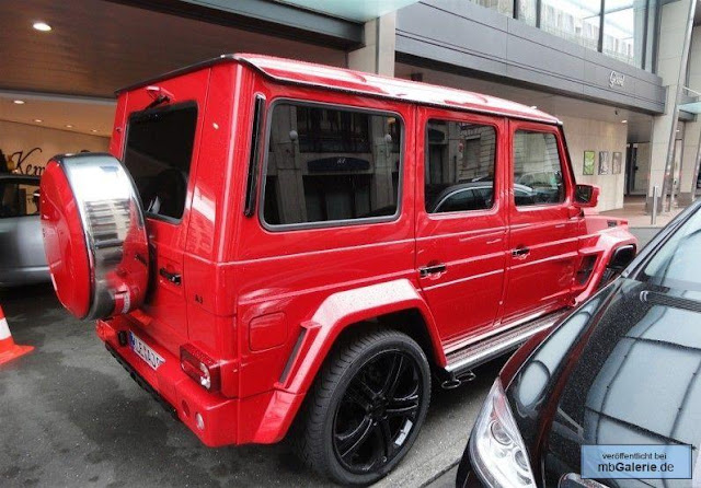 mercedes g red