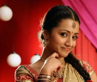 Trisha Krishnan Sexy Look Cute Smile expression