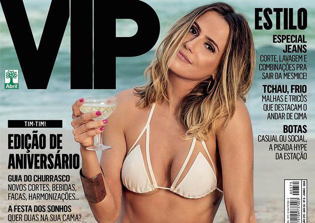 Deborah Secco em capa de revista com biquini estlilo tulê