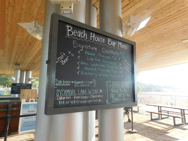 Bar menu ar Metroparks Edgewater Beach House