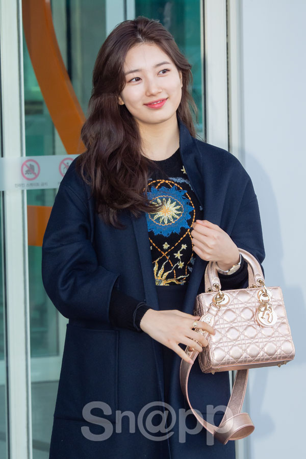 [Airport Fashion] 190224 SUZY @ Incheon International Airport