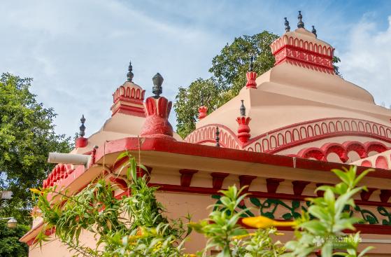 dhakessory temple