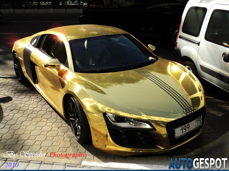 Gold Audi R8 spotted   Automobile For Life
