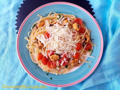 Linguine con cozze, pomodorini e pecorino - Primo piatto di pesce