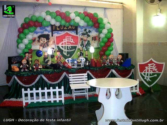 Decoração tradicional tema do Fluminense para festa de aniversário infantil