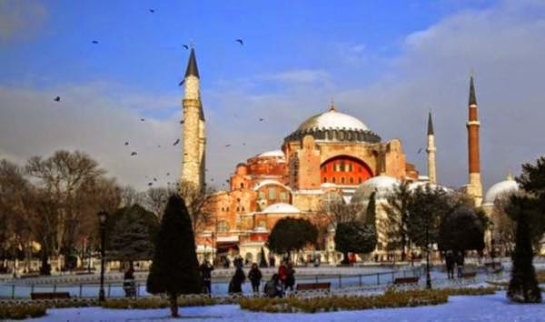 The number of foreign visitors to Turkey in 2014 to 5.5 percent compared to the previous year increased to 36.84 million people.