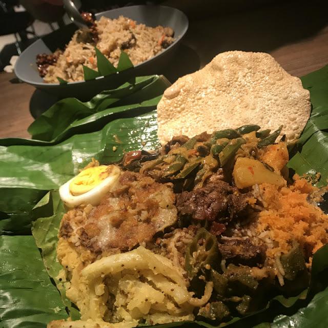 スリランカカレーの料理写真です。