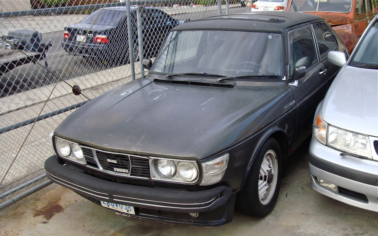 the street peep 1978 saab 99 turbo. Black Bedroom Furniture Sets. Home Design Ideas