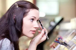 Here Is the Danger of Cosmetics for Your Skin