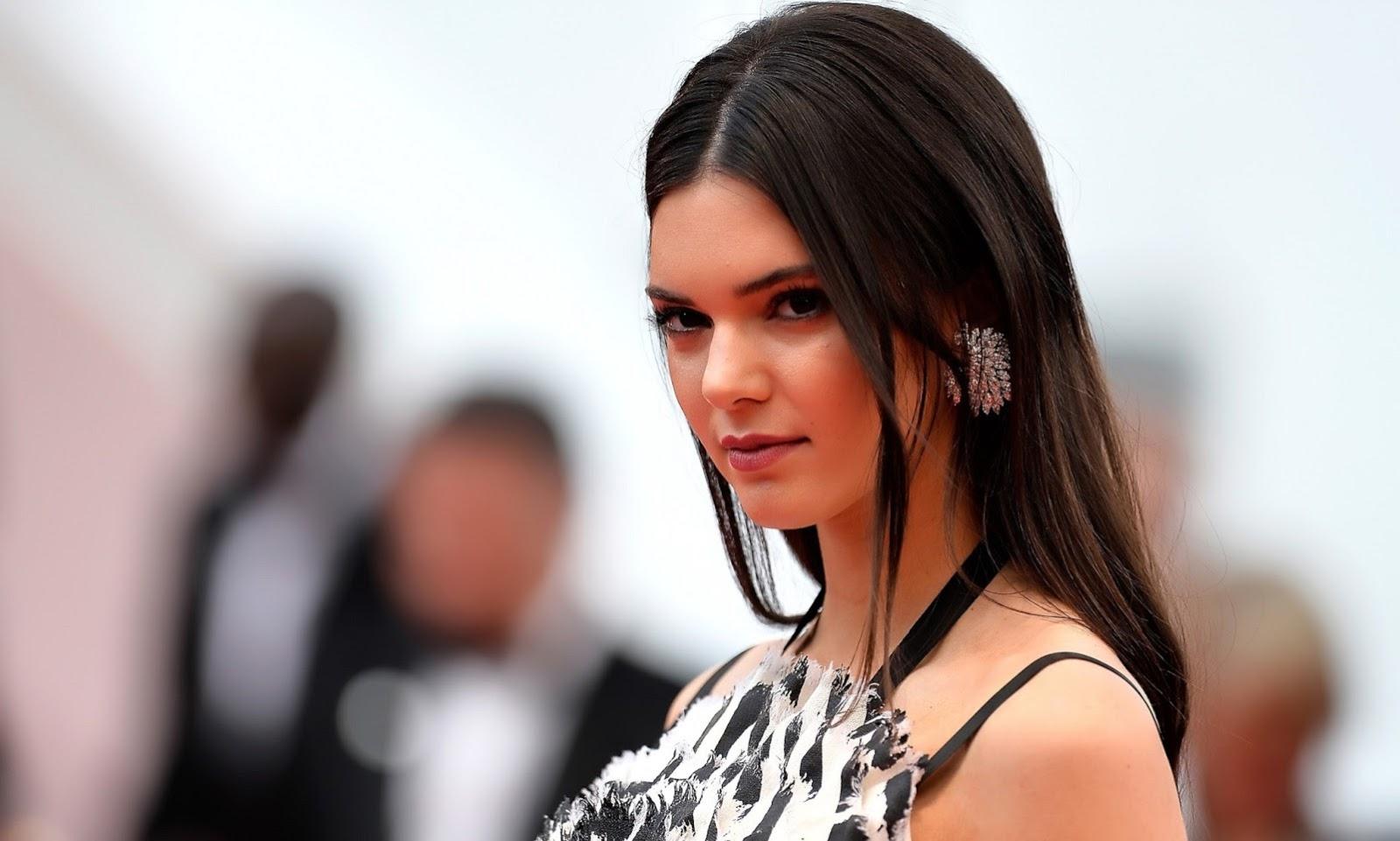 Kendall Jenner Biography - Photo Media Magazine - Photo
