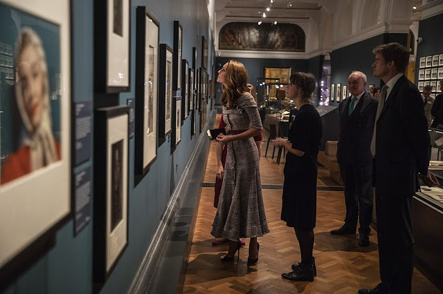 Księżna Kate w Victoria and Albert Museum + więcej