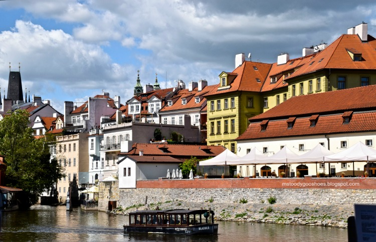 The charming Mala Strana area in Prague| Ms. Toody Goo Shoes #prague #malastrana #danuberivercruise