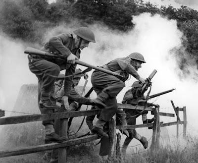 WW2 July 1944 England - 1st Polish AD in training