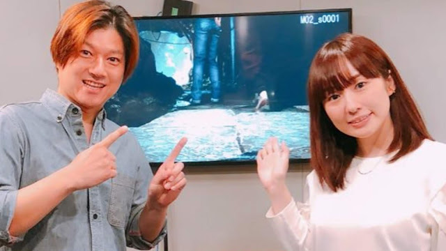 A photo from a voice-recording session for the Japanese audio with Haruka Terui (right; voice of Shenhua) and Masaya Matsukaze (left; voice of Ryo).