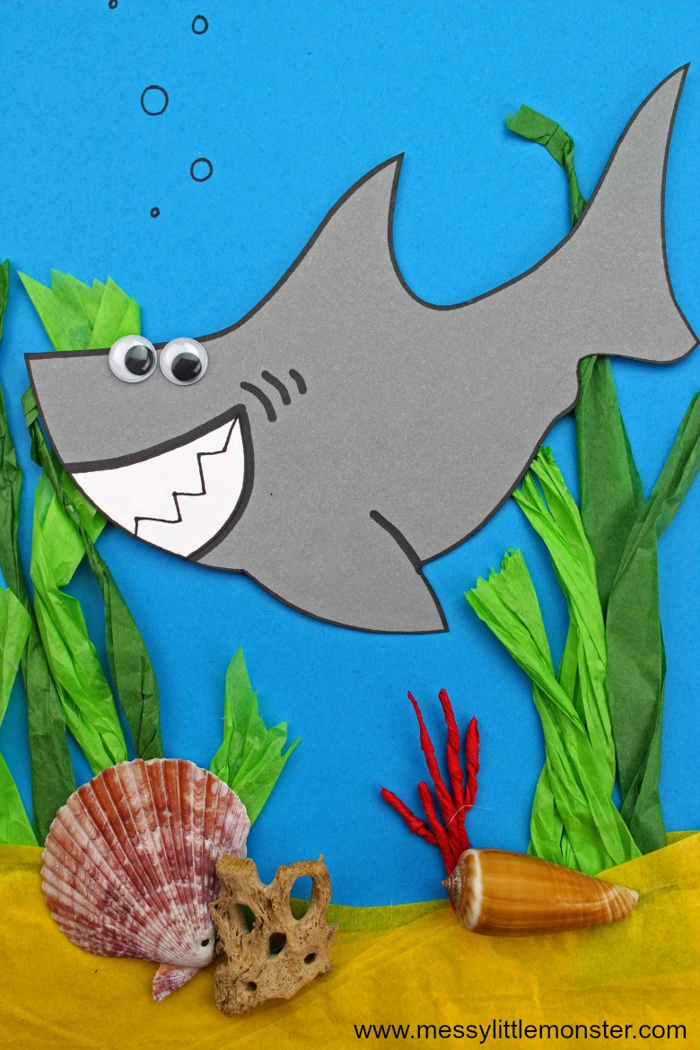 easy shark craft for preschoolers and toddlers upwards. An ocean themed activity.
