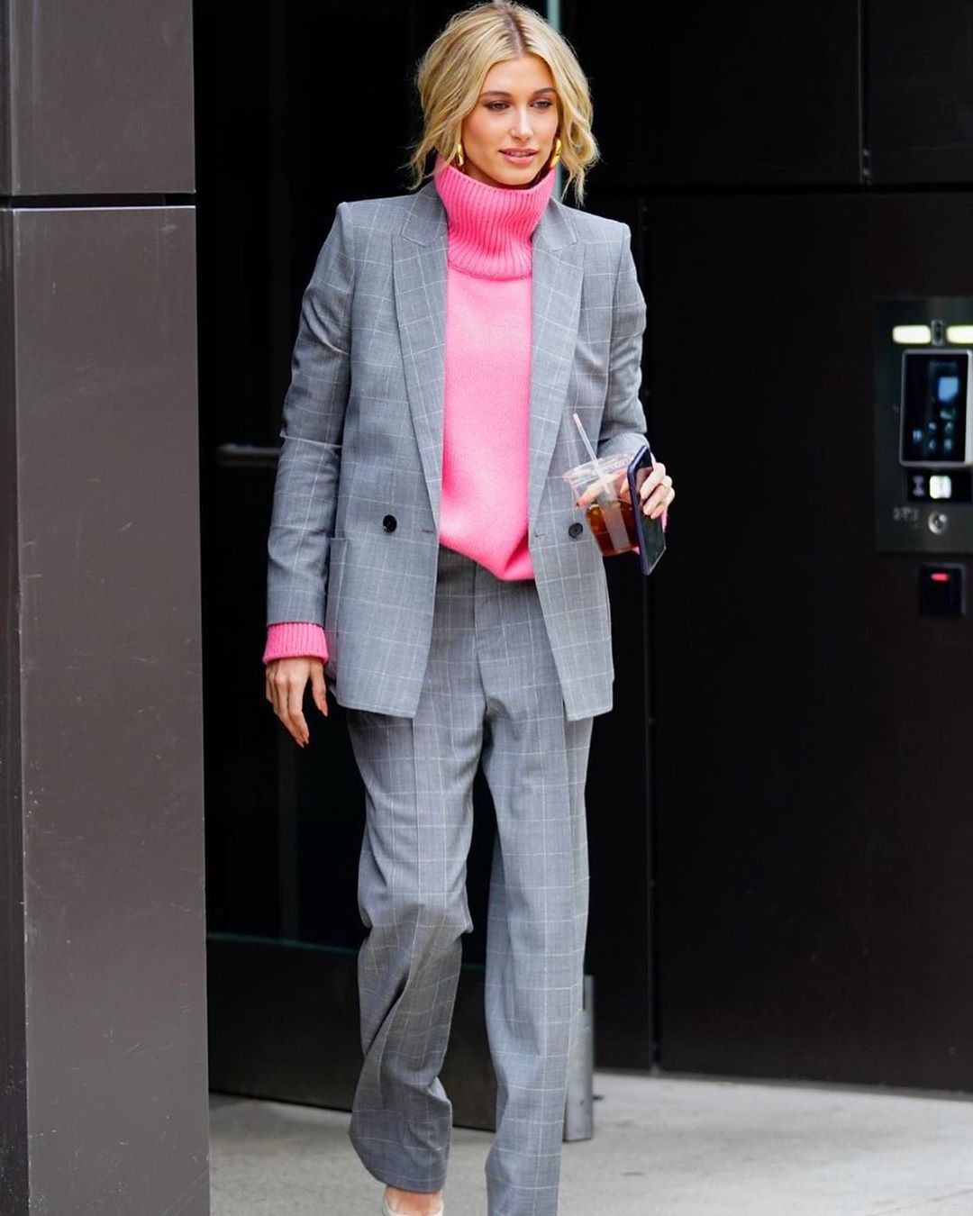 16 Sweaters That Add a Pop of Color to Your Outfit — Hailey Bieber Style