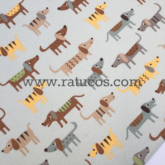 http://ratucos.com/es/telas/8339-loneta-perros.html