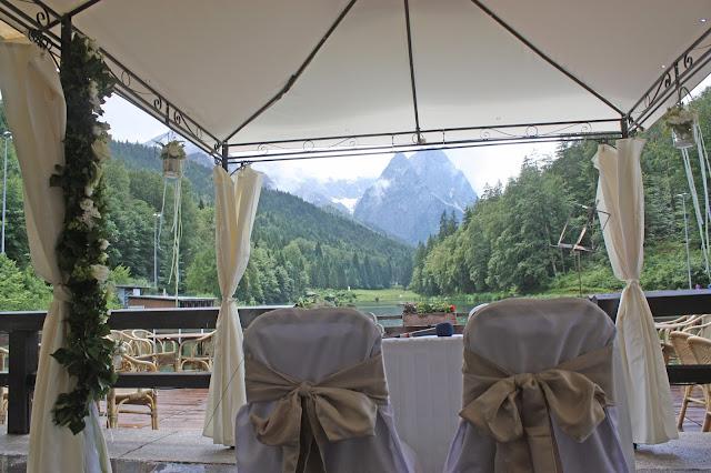Hochzeitswochenende im Riessersee Hotel Garmisch - Freie Trauung am See - #Hochzeit #Garmisch #Bayern #See #Berge #Natur #wedding location #wedding venue #abroad #Bavaria #Riessersee